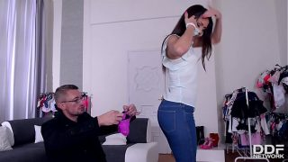 Blow Out Deal – Salesgirl Gets Fucked Deep on Black Friday!