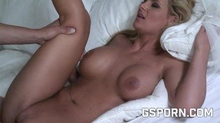 sexy blonde want fuck very hard